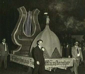 1951 - Quirinus-Kuppel und große Lyra (Zugjubiläum)