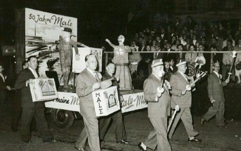 1957 - 50 Jahre Moritatensängerin Male