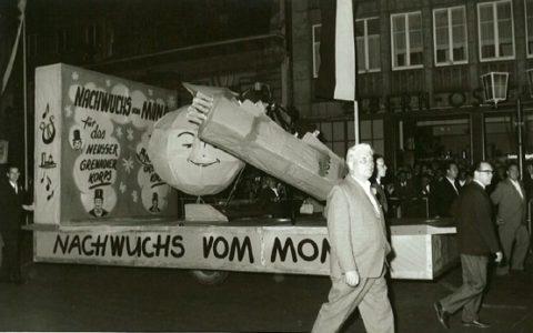 1964 - Nachwuchs vom Mond für Neusser Grenadierkorps